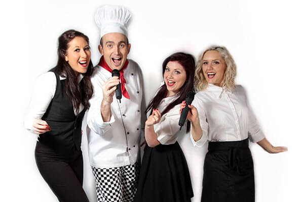 xmas-singingwaiters_600x400_compressed